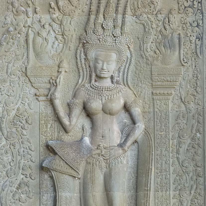 K12_004_Kroning_Kambodscha