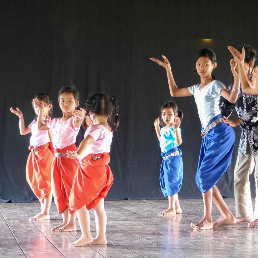 K12_028_Kroning_Kambodscha